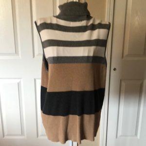 Liz Claiborne Sleeveless Turtleneck Sweater